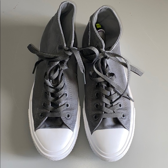 Converse Grey Size 9 High Top Sneakers